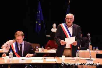 """Pierre Pécoul élu maire de Riom, avec neuf adjoints à ses côtés : """"Notre seul but, c'est la réussite de Riom"""" - Riom (63200) - La Montagne"""