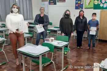 Estudantes de Sobradinho recebem quarta remessa de atividades - GAZ - Notícias de Santa Cruz do Sul e Região - GAZ