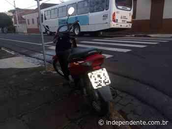Motociclista sofre ferimentos graves em acidente com ônibus no Centro de Lajeado - independente
