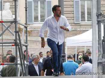 Roma, Salvini a piazza del Popolo: «Roma degradata». Raggi: «Risaniamo il vostro sfascio» - Corriere della Sera