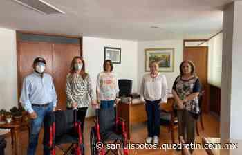 Ayuntamiento de Tamazunchale recibe dos sillas de ruedas - Noticias de San Luis Potosí - Quadratín San Luis