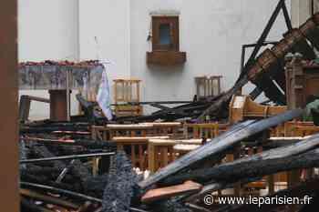 Corbeil-Essonnes : le toit de l'église Saint-Paul détruit par le feu - Le Parisien