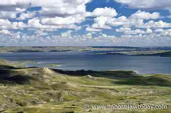 Saskatchewan gov't announces massive Lake Diefenbaker irrigation project; Moose Jaw area to be affected - moosejawtoday.com