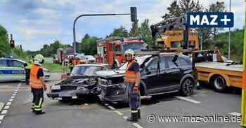 Vier Verletzte bei schwerem Verkehrsunfall in Beelitz - Märkische Allgemeine