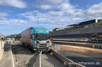 Unfall auf A3 bei Würzburg: Lkw kracht in Betonwand - Autobahn stundenlang gesperrt