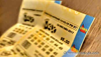 Mississauga man celebrating Poker Lotto win - insauga.com