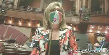 Classi pollaio tra Capo d'Orlando, Patti e Barcellona, Ella Bucalo chiede intervento del Ministro Azzolina - 98Zero.com