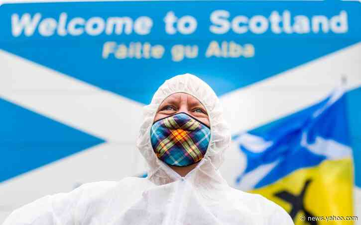 Sturgeon urged to condemn 'abhorrent' border protests urging English to stay out of Scotland
