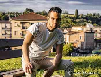 """""""Se la vita è un istante"""": Giulio Tonioni racconta Fucecchio nel videoclip del suo ultimo singolo - gonews"""