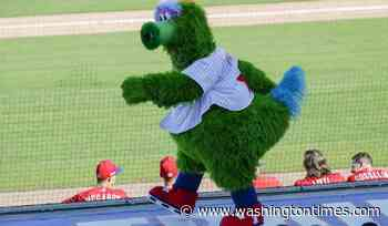Mascots unmuzzled: Phillie Phanatic, Mr. Met permitted in MLB parks