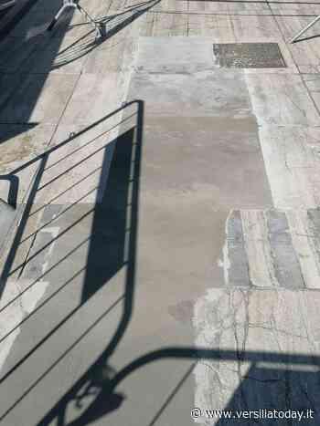 Sbalzo termico, danni alla pavimentazione sulla Passeggiata di Lido di Camaiore - Versiliatoday.it