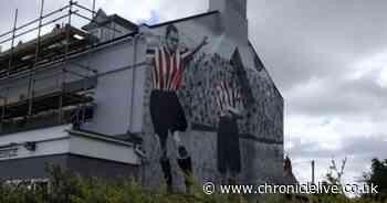 Mural honouring Sunderland's top goal scorer Bobby Gurney unveiled