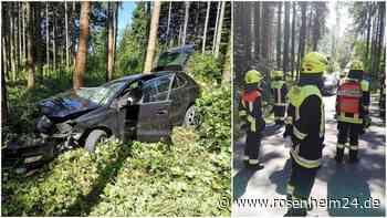 Verkehrsunfall ohne Fahrer - Rätselhafter Crash sorgt für Aufregung