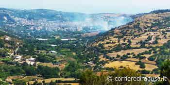 Fiamme in contrada Cuturi subito spente dai vigili del fuoco - Scicli - CorrierediRagusa.it