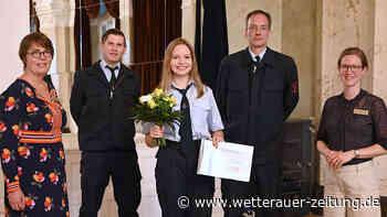 Ehre für Lara Fieberg - Wetterauer Zeitung