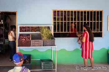Las tiendas comunitarias en Pailitas dinamizan la economía de la zona rural - ElPilón.com.co