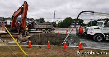 Halifax Water crews continue repairs in Lower Sackville, leaving some residents without water - Globalnews.ca