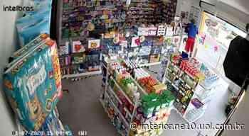 Homens são flagrados assaltando farmácia em Bezerros; veja vídeo - NE10