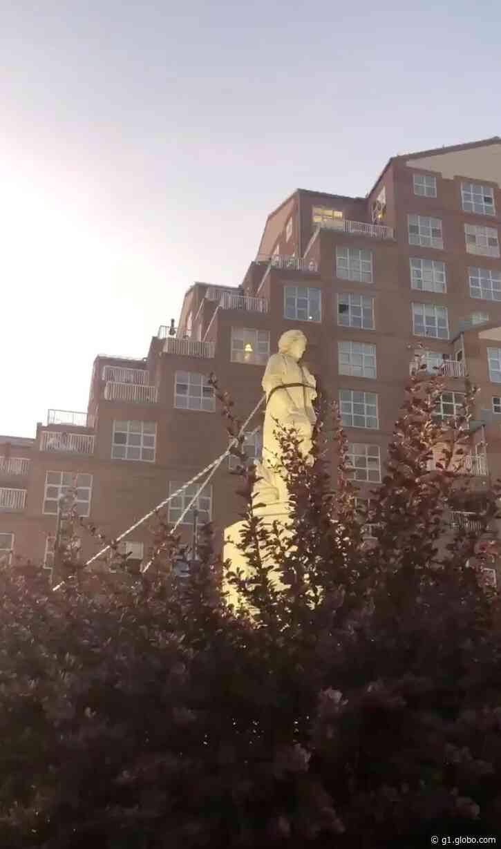 Mais uma estátua de Cristóvão Colombo é derrubada nos EUA - G1
