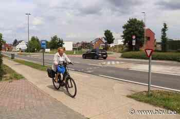 Gruitroderkiezel wordt verkeersveiliger voor fietsers (Bree) - Het Belang van Limburg
