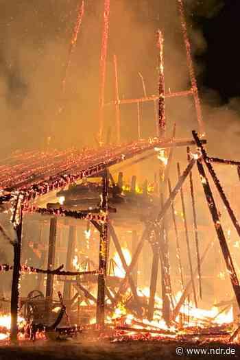 Saline in Einbeck bei Brand zerstört - NDR.de