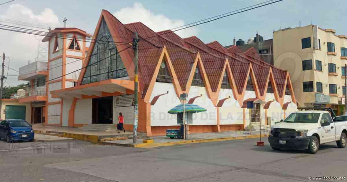 Reanudan las misas dominicales en las parroquias de Cerro Azul - La Opinión