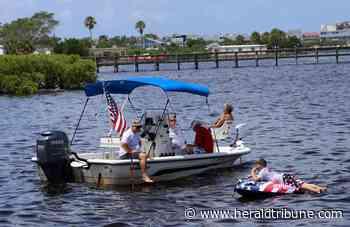 PHOTOS: The Annual Peace River Freedom Swim Unsanctioned - Sarasota Herald-Tribune