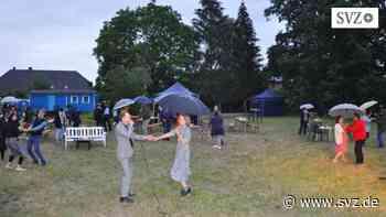 Welziner Kultursommer: Swinging in the rain | svz.de - svz.de
