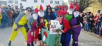 Alteglofsheim: Rekordgaudiwurm mit 58 teilnehmenden Gruppen - Regensburg - idowa