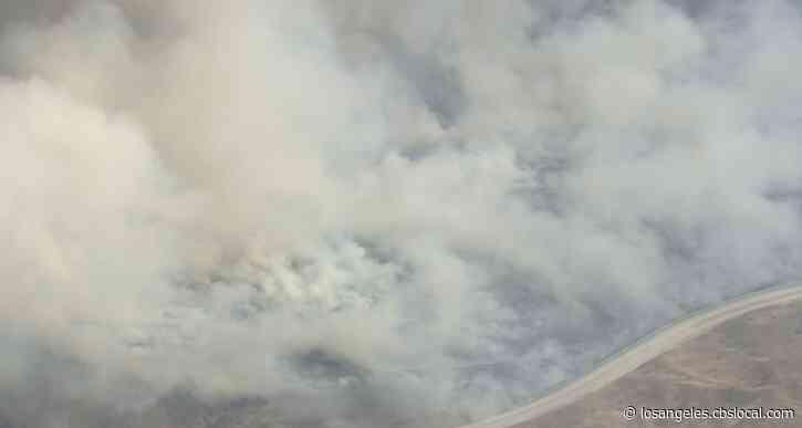 Soledad Fire In Santa Clarita Threatening Homes, Evacuations Ordered