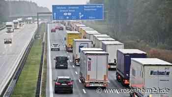 Wieder mal Blockabfertigung: Stau auf A93 auf bayerischer Seite