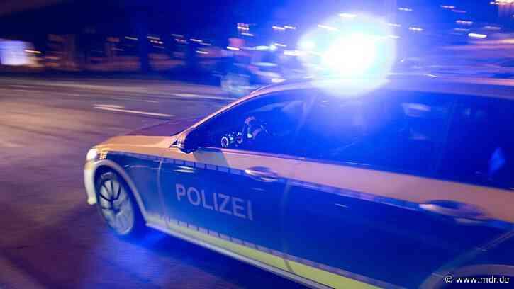 Thüringer Polizei löst Veranstaltung der rechten Szene in Apolda auf - MDR