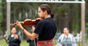 Fiddler walking from La Ronge to Regina to protest suicide prevention bill rejection - Humboldt Journal