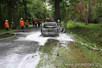 Rehburg-Loccum – Vermutlich technischer Defekt führt zum Ausbrennen eines Pkw - Polizeiticker.ch