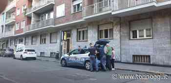 Dramma in corso Racconigi: una donna di 33 anni uccide la madre con una coltellata e poi si getta dal balcone [FOTO E VIDEO] - TorinOggi.it