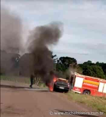 Vídeo: Incêndio em veículo na SC-150 mobiliza bombeiros de Capinzal - Michel Teixeira