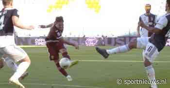 🎥 | VAR grijpt in: strafschop voor Torino en GEEL voor Matthijs de Ligt - Sportnieuws.nl