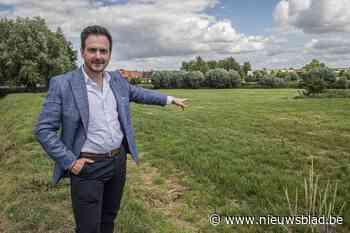 """Burgemeester wil dat nieuwe verkavelingen zo snel mogelijk gerealiseerd worden: """"Jonge gezinnen vertrekken naar de buurgemeenten"""" - Het Nieuwsblad"""