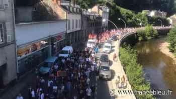BorgWarner : près de 1.500 personnes manifestent à Tulle, les commerçants baissent le rideau - France Bleu