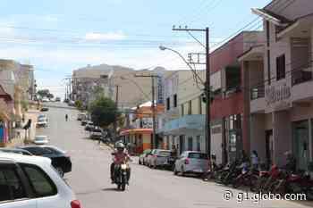 Após casos e mortes, prefeitura determina fechamento do comércio em Juruaia, MG - G1