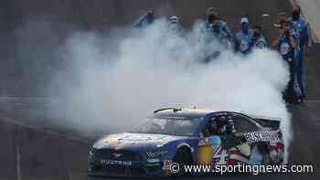 NASCAR at Indianapolis results: Kevin Harvick wins Brickyard 400 after Denny Hamlin crash - Sporting News