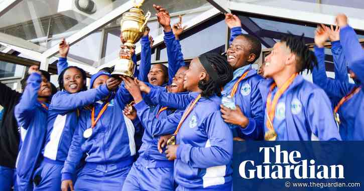 'Powerful message': the top-flight club paying men and women the same
