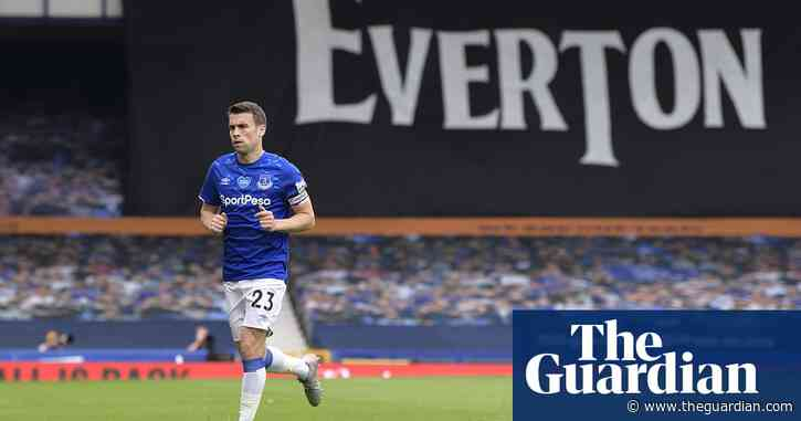 Séamus Coleman: 'I want Everton back in race for Champions League'