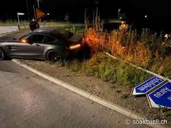 Staufen: 21-Jähriger schrottete über 500 PS starkes Auto - Goodbye Führerausweis! - soaktuell.ch