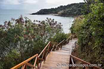 Armação de Búzios: Praia da Azeda ganha nova escada para cenário de tirar o fôlego - Plantao dos Lagos