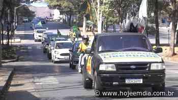Em carreata, manifestantes pedem reabertura do comércio em Belo Horizonte - Hoje em Dia