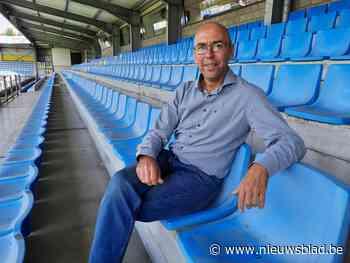 KVC Westerlo vervangt zitjes van hoofdtribune en schenkt ze weg aan supporters - Het Nieuwsblad