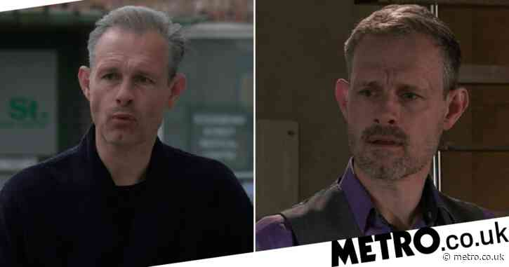 Coronation Street fans notice Nick Tilsley and Sally Webster's changing hairstyles in first scenes filmed post-lockdown