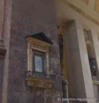 Palermo, le luminarie danneggiano l'edicola votiva di Porta Nuova - La Repubblica