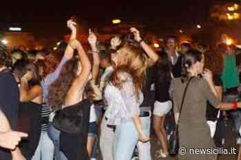 Chiusi i locali al Porto di Catania, non rispettate le norme: oltre 100 persone ammassate all'ingresso - NewSicilia